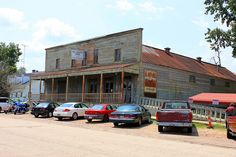"""""""The Old Country Store Restaurant is located in Lorman, Mississippi on US 61 between Port Gibson and Natchez just off the Natchez Trace Parkway (milepost 30 - MS Highway 552 exit). People travel for hours to partake of Mr """"D""""s 'Heavenly Fried Chicken'."""