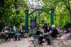 csendes társ – Google Kereső Brunch, Party Places, Top Hotels, Rooftop Bar, Hotel S, Budapest, Summer, Bakery, Spaces