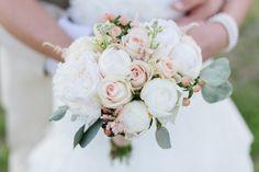 rustic-mint-wedding-bouquet