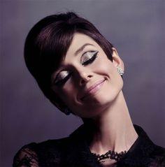 A tranquilidade de quem simplesmente é a Audrey Hepburn