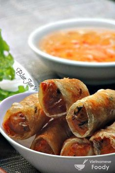Vietnamese Style Deep Fried Spring Rolls (Cha Gio/Nem Ran) - Vietnamese Foody #springrolls #vietnamesespringrolls