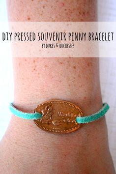 Disney Craft Easy To Make DIY Projects With Pennies. (Well – not all work w… Disney Craft Easy To Make DIY Projects With Pennies. (Well – not all work with Disney pressed pennies – but all are clever)! Craft 23 Easy To Make DIY Projects With Pennies Pennies Crafts, Penny Jewelry, Metal Jewelry, Jewelry Box, Penny Bracelet, Pressed Pennies, Diy Crafts To Do, Disney Jewelry, Diy Schmuck