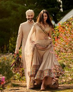 Sabyasachi X CN Traveller Summer Destination Wedding 2020 Collection Is Out And Its Gorgeous! Sabyasachi X CN Traveller Summer Destination Wedding 2020 Collection Lehenga Choli Designs, Designer Bridal Lehenga, Indian Bridal Outfits, Indian Designer Outfits, Indian Designers, Indian Lehenga, Dress Indian Style, Indian Dresses, Indian Attire