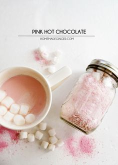 This pink hot chocolate recipe has a slightly strawberry flavor that is so delicious - and it couldn't be easier to make! Homemade hot chocolate mix is perfect for gifts in mason jars. Homemade Hot Chocolate, Hot Chocolate Recipes, Chocolate Chocolate, Hot Chocolate Gifts, Chocolate Crafts, Chocolate Spoons, Chocolate Powder, Chocolate Party, Xmas