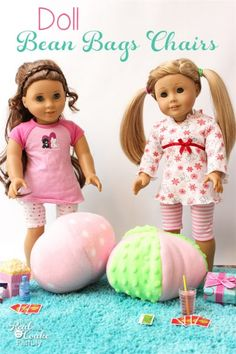 American Girl Dolls : Image : Description Easy free Sewing pattern to make a small bean bag chair. Perfect for our American Girl Dolls or our Beanie Boos. American Girl Outfits, Ropa American Girl, American Girl Crafts, American Doll Clothes, American Girl Dolls, American Girl Food, American Girl Parties, Small Bean Bags, American Girl