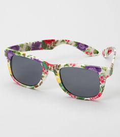 4e63f3e6f5e7 175 Best Cute Sunglasses images