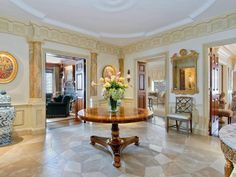Elegant Sutton House Apartments