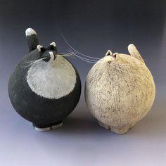 Fred Yokel – Pottery – Bud … – Famous Last Words Sculptures Céramiques, Paper Mache Sculpture, Pottery Sculpture, Sculpture Art, Pottery Animals, Ceramic Animals, Clay Animals, Ceramic Pottery, Pottery Art