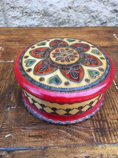 Round Wooden  Trinket Box Poland - Hand Crafted Folk Art Jewelry Box - Red by Anaforia on Etsy