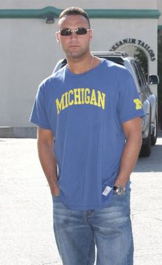 978719534b2093 Derek Jeter signed a National Letter of Intent to play for his beloved  Michigan Wolverines in