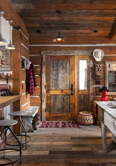 Ted Valentiner and his wife, Linda Shannon-Valentiner's cabin in Whitefish, Montana, near Glacier Park. - #WesternHome