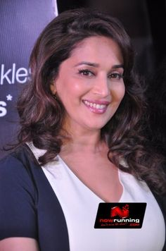 Madhuri Dixit lele promotes Olay. More pictures at http://www.nowrunning.com/event/bollywood/madhuri-dixit-lele-promotes-olay/72050/gallery.htm