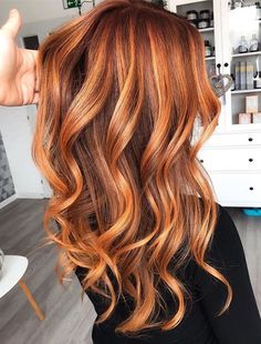 Red Copper Hair Color, Ombre Hair Copper, Red Auburn Hair Color, Medium Auburn Hair, Latest Hair Color, Brown Blonde Hair, Red Hair With Blonde Highlights, Red Hair With Balayage, Copper Hair With Highlights