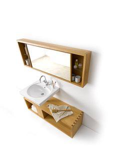 Spiegelschrank mit Einlegeböen aus Glas Waschtischunterschrank mit Ausnehmung für den Abfluss