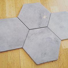 Snart kakeldags! #hexagon#klinker#golv#konradssons #colorama
