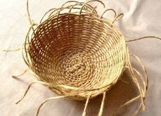Decorative Basket Knitting with Jute Yarn Linen Twine, which is always present but not known, is the most common among New Season Hobbies this year. Another example of the work done with Jüt İpi is Jü Rope Basket, Basket Weaving, Summer Crafts, Diy And Crafts, Linen Baskets, Basket Decoration, Jute, Caterina, Nice Ideas