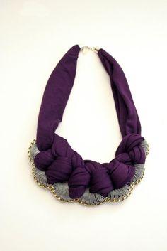 necklace collier bib dark purple jersey grey yarn brass chain