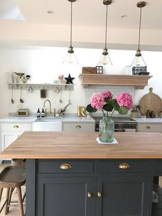 Project House - The Kitchen - Roses and Rolltops Cosy Kitchen, Open Plan Kitchen Living Room, Barn Kitchen, Country Kitchen, New Kitchen, Kitchen Dining, Kitchen Decor, Cottage Kitchens, Home Kitchens