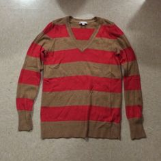 Gap Sweater Nice condition, treated with care GAP Sweaters V-Necks