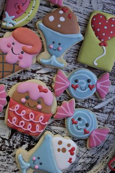 Adorable Kawaii ice cream cone, candy, cupcake decorated birthday cookies that look like Shopkins / Paddle Attachment Galletas decoradas. Ice Cream Cookies, Fancy Cookies, Iced Cookies, Cute Cookies, Royal Icing Cookies, Cookies Et Biscuits, Cupcake Cookies, Sugar Cookies, Sweet Cookies