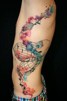 Tatuagens que misturam desenhos fodas com efeito aquarela. Demais! #tattoo #arte #art