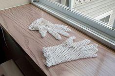 Free Crochet Pattern - Lace Gloves