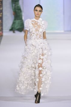 Ralph & Russo Fall 2016 Couture París
