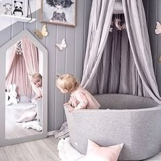 Happy Sunday everyone! How cute is this photo by @andrealingjerde 👈🏻 Our popular Miffy lamp is now back in stock 💫 . #kidsroom #kidsroomdecor #kidsinterior #nordichome #nordicinspiration