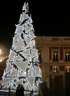 Unique geometric Christmas tree