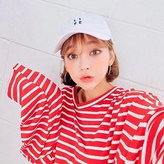 Pretty Korean Girls, Cute Korean Girl, Asian Girl, Asian Cute, Uzzlang Girl, Selfies, Korea Fashion, Grunge, The Most Beautiful Girl