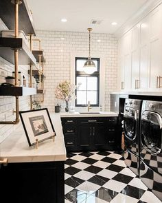 Amazing black and white laundry room design with subway tiled walls, open shelving, and plenty of countertop space and cabinets. Decor Interior Design, Interior Decorating, White Laundry Rooms, White Bathroom, Laundry Room Inspiration, Black And White Tiles, Black And White Flooring, Black Floor, Black And White Backsplash