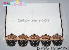 Pano de prato com cupcake e recorte de contorno
