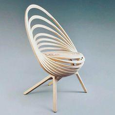 Designer de categoria do ex-banqueiro Adrien Ancel. @OlhardeMahel #AdrienAncel #designerdemoveis #designer #móvel #cadeira #design #mobiliario #OlhardeMahel #pacontecimentos #chair #furniture #furnituredesign #criativo #woodwork