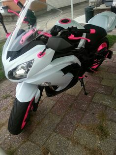 In my free time. my kawasaki ninja 650 pink white and black - Motorcycle Triumph Motorcycles, Cars And Motorcycles, Custom Motorcycles, Pink Motorcycle, Motorcycle Gear, Motorcycle Quotes, Suzuki Motorcycle, Motocross, Biker Chick