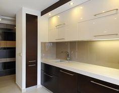 Kuchnia styl Minimalistyczny - zdjęcie od All Design Agnieszka Lorenc Floor Plans, Flooring, Mirror, Modern, Extension Ideas, Bar Carts, Furniture, Kitchen Ideas, Kitchens