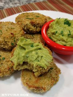 Chickpea quinoa cakes with lemon avocado dressing. Use whole wheat cracker crumbs instead of panko #danielfast