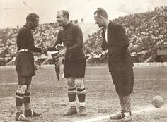 Goalkeepers and captains Gianpiero Combi (Italy) and Ricardo Zamora (Spain) before the match Goalkeeper, Fifa World Cup, History, Couple Photos, Florence, Finals, Competition, Battle, World