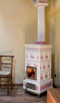 Stoves, wood burning stoves, pellet stoves - La Castellamonte, the art of the fire-clay stove - Decorated stoves and pottery-ware
