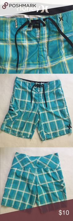 Hurley board shorts Board shorts, size 34. Pockets on both sides. In great condition 7/10. Please feel free to ask if you have any questions. Thanks for looking! Hurley Shorts Athletic