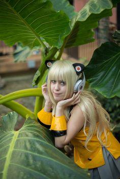 SeeU Rockin the Beats! by ReflectedExposure Photo and Sakura Moon Cosplay
