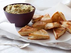 White Bean Dip With Pita Chips : Blend canned white beans with garlic, lemon and olive oil for a super-flavorful, easy-to-make dip to serve with homemade pita chips or sliced vegetables.