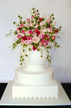 Edible Art, Rose Bouquet Cake.