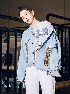 Kpop Outfits, Fashion Outfits, Cool Girl, My Girl, Wendy Red Velvet, Kang Seulgi, Red Velvet Seulgi, Summer Street, Korean Model