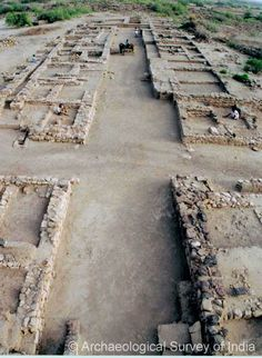 Dholavira - A junction of two streets, Lower Town Harappan, Mohenjo Daro, Archaeological Survey Of India, Growth And Decay, Indus Valley Civilization, The Secret History, Sanskrit, Ancient Architecture, Ancient Civilizations