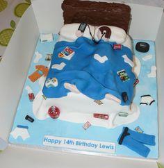 18th Birthday Cake For Guys, Boys Bday Cakes, 17 Birthday Cake, Funny Birthday Cakes, Birthday Cakes For Teens, 18th Birthday Party, Birthday Gifts For Boys, Themed Birthday Cakes, Cakes For Boys