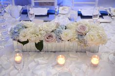 Mirrored box with hydrangeas and roses by Botanica  #wedding #weddingflowers #Botanica