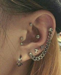 Ear Jewelry, Cute Jewelry, Jewlery, Jewelry Ideas, Women Jewelry, Heart Earrings, Stud Earrings, Pretty Ear Piercings, Tongue Piercings