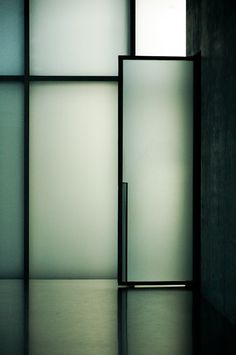 Bedroom wall  - Peter Zumthor