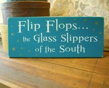 Flip Flops Glass Slippers of South Wood Beach Sign Summer Wall Decor Plaque