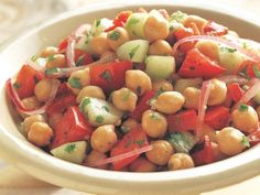 20 Low-Calorie Salads That Won't Leave You Hungry: Summer Mediterranean Chickpea Salad http://www.prevention.com/food/cook/20-low-calorie-salads-wont-leave-you-hungry?s=3